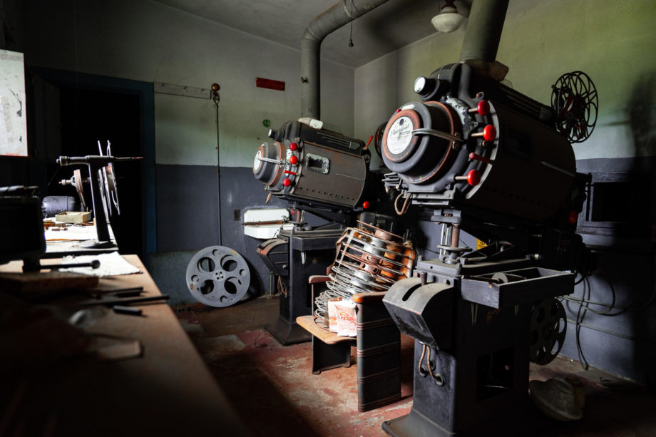 Theater Projectors